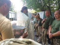 УЖГОРОД. Єпархія взяла участь у відправці військовослужбовців до зони АТО