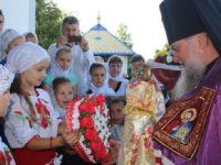 Архієрейське богослужіння в Свято-Михайлівському храмі с. Пацканьово (+ФОТОРЕПОРТАЖ)
