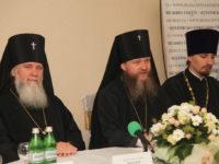 «Сімейна любов є плодом великої жертовної праці»: в Мукачівській єпархії обговорили методи взаємодії зі сім'ями на парафіях